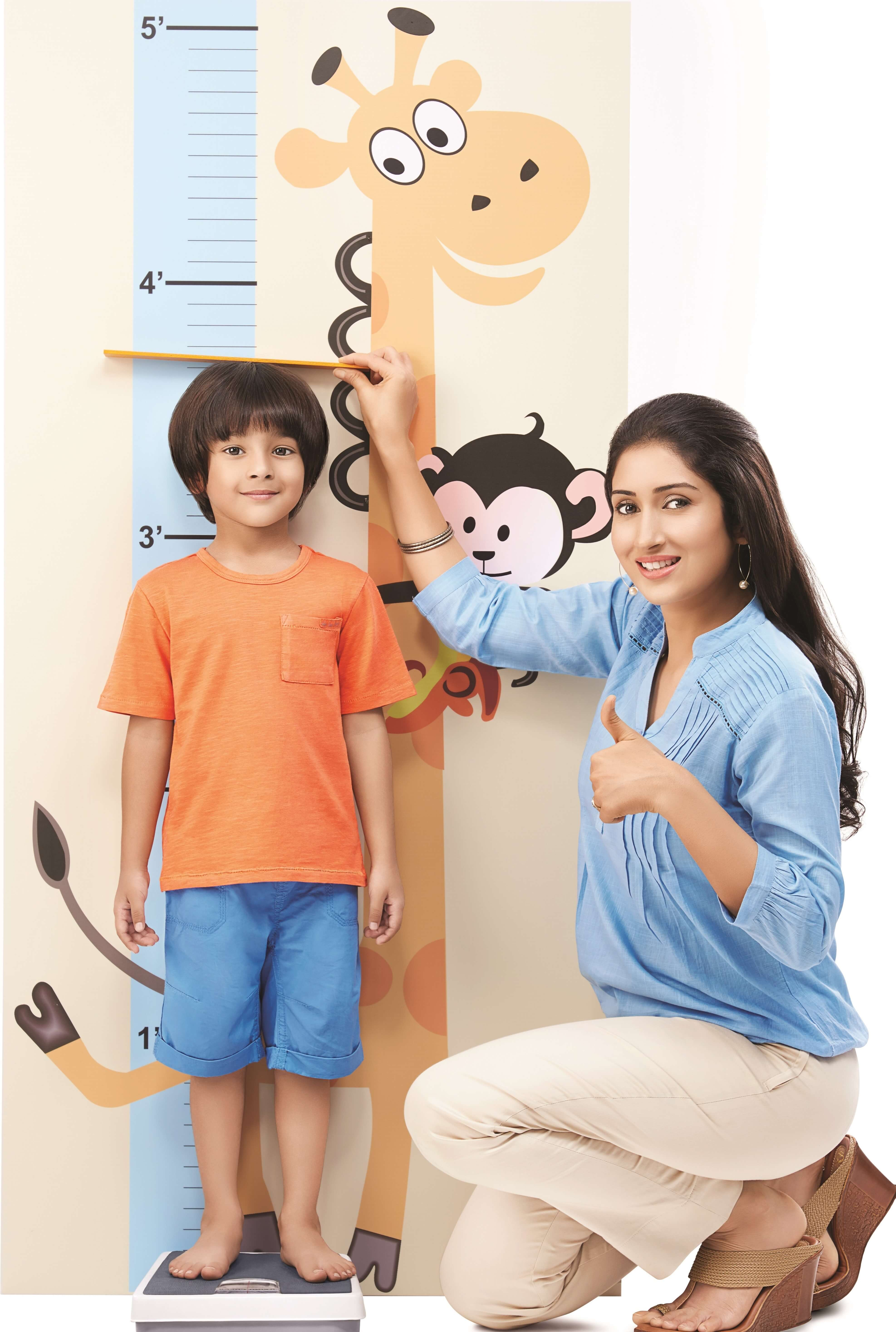 Child growth chart measuring height and weight of kid monitoring child growthg nvjuhfo Choice Image